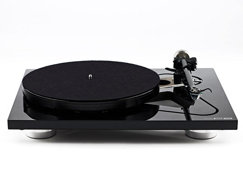 REGA RP8 + APHETA 2 Gramofon