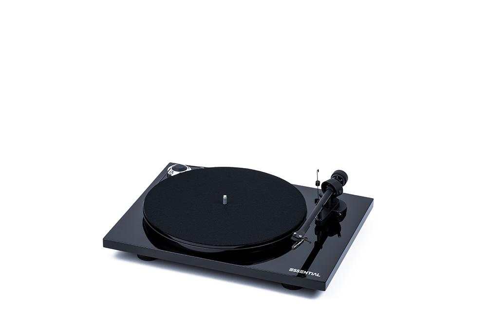 Pro-Ject Essential III gramofon