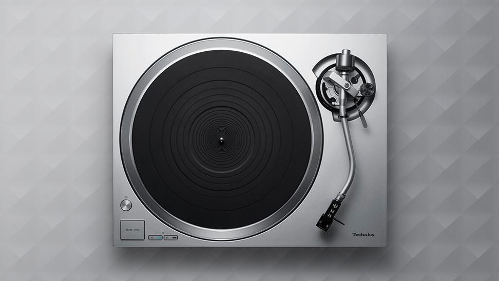 Technics SL-1500C EG-S gramofon